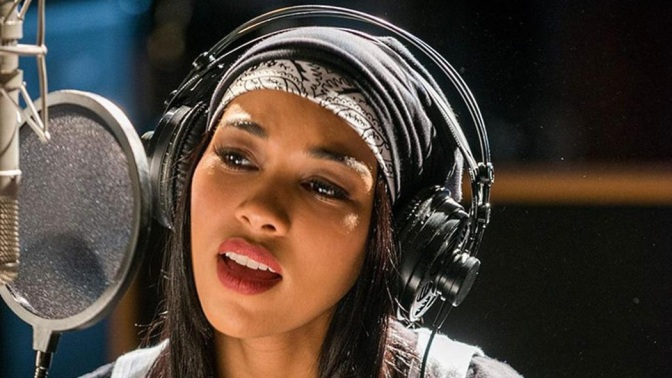 """Black Twitter"" Drags Lifetime's Aaliyah Movie"