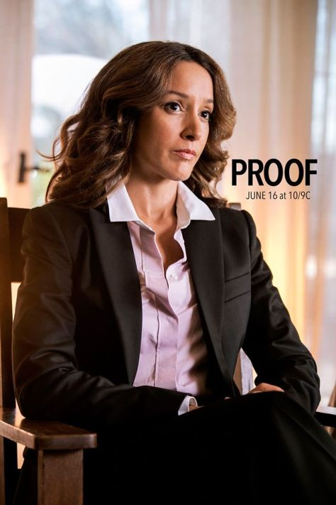 Proof-TNT-Jennifer-Beals